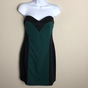 Ya Los Angeles Green and Black Dress Size M
